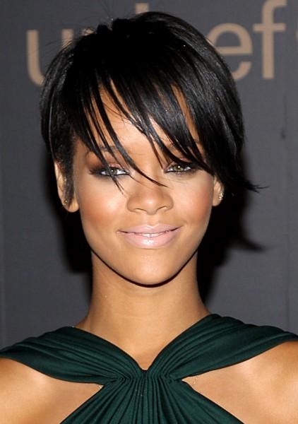 Rihanna African American Short Hairstyles Layered