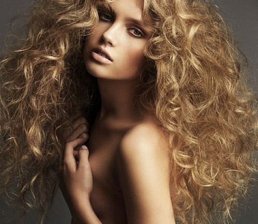 Easy Curly Hairstyles for Long Thick Hair