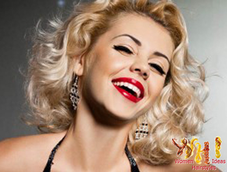 Sensational Short Haircuts For Curly Hair For Older Women O Haircare Short Hairstyles For Black Women Fulllsitofus